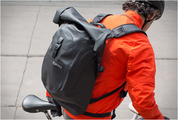 GIRO COMMUTER BACKPACK | Image