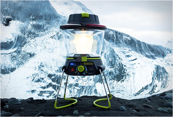 LIGHTHOUSE 250 | LANTERN + USB POWER HUB | Image