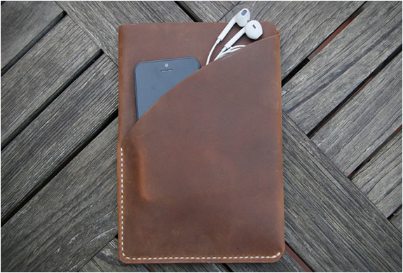 grams28-ipad-mini-leather-sleeve-3.jpg | Image