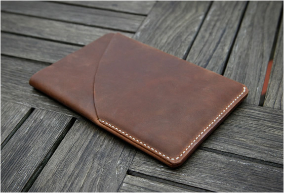 grams28-ipad-mini-leather-sleeve-4.jpg | Image