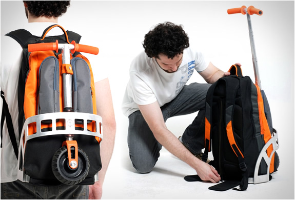 gustavo-brenck-scooter-backpack-2.jpg