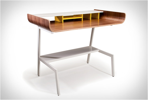 Half Pipe Desk | Image
