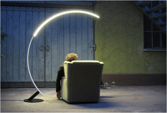 Kyudo Floor Lamp | Image