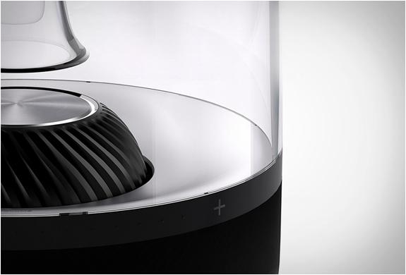 harman kardon aura. Black Bedroom Furniture Sets. Home Design Ideas