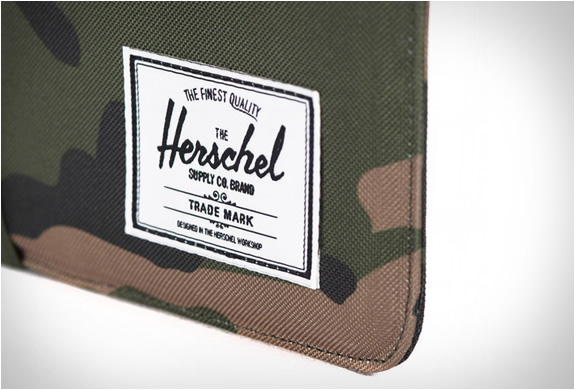 herschel-supply_cypress-sleeve-ipad-mini-3.jpg | Image