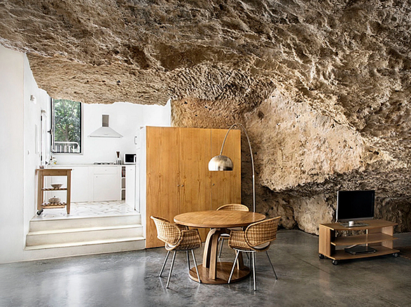 house-cave-3.jpg | Image