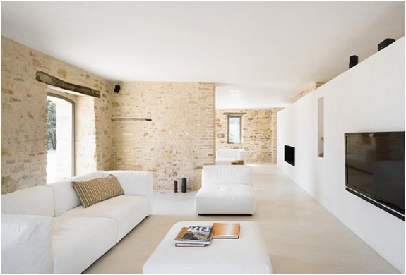 house-renovation-italy-wespi-de-meuron-2.jpg | Image