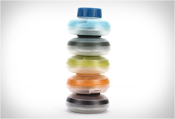hydrapak-stash-collapsible-bottle-4.jpg | Image