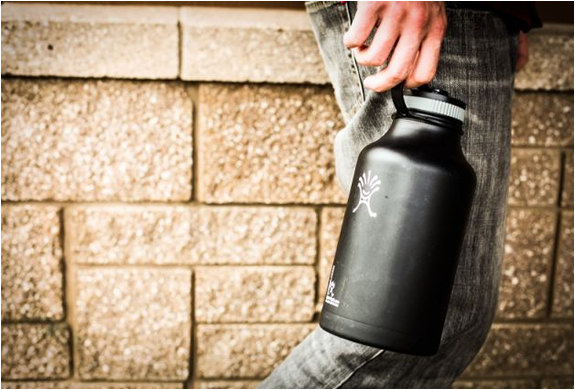 hydro-flask-insulated-beer-growler-4.jpg | Image