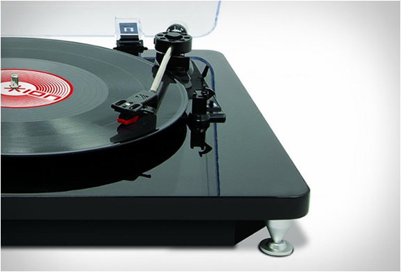 ilp-digital-conversion-turntable-4.jpg | Image