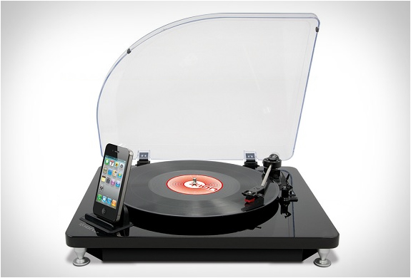 VINYL RECORD TO IPHONE CONVERTER | Image