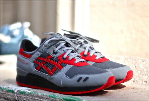 ASCICS GEL LYTE III SUPER RED | BY RONNIE FIEG | Image