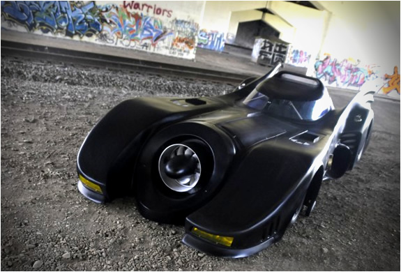 img_batmobile_turbine_powered_2.jpg | Image