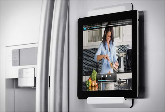 img_belkin_ipad2_fridge_mount_4.jpg | Image