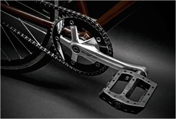 img_carhartt_bike_3.jpg