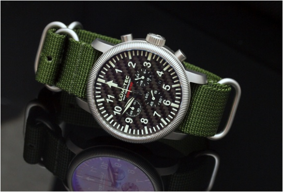 img_combat_b43_watches_2.jpg