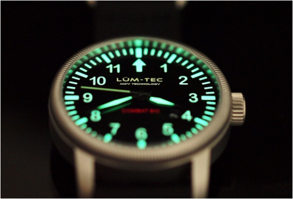 img_combat_b43_watches_3.jpg