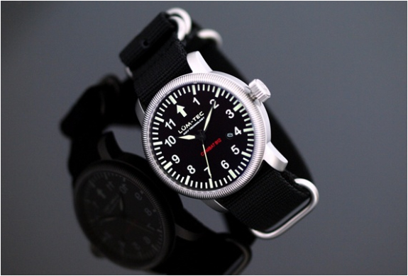 img_combat_b43_watches_4.jpg