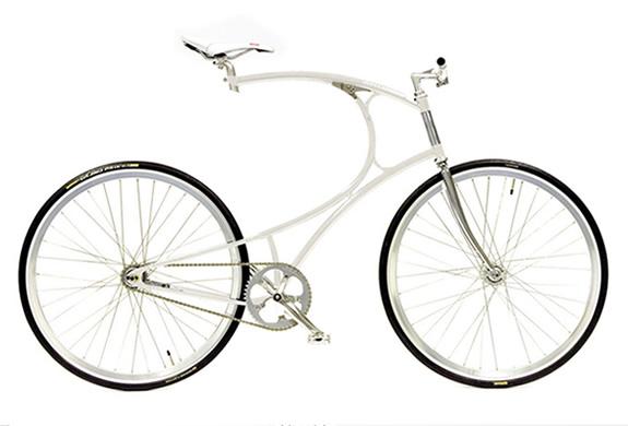 img_cyclone_bike_vanhulsteijn_2.jpg