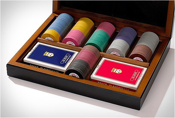 img_dal_negro_ebony_poker_set_4.jpg | Image