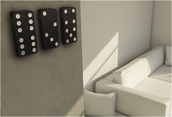 DOMINO CLOCK | BY CARBON | Image