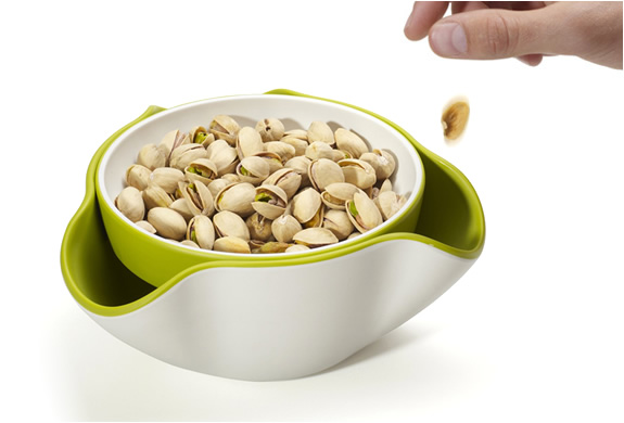 DOUBLE DISH SNACK BOWL | BY JOSEPH JOSEPH | Image