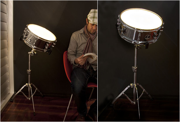 SOUND ACTIVATED DRUM LIGHT | BY 326 | Image