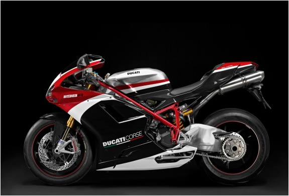 img_ducatti_superbike_1198_2.jpg