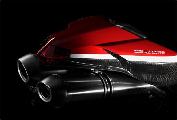 img_ducatti_superbike_1198_5.jpg