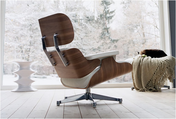 charles ray eames lounge chair by vitro. Black Bedroom Furniture Sets. Home Design Ideas