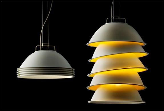 five pack lamp by ingo maurer. Black Bedroom Furniture Sets. Home Design Ideas