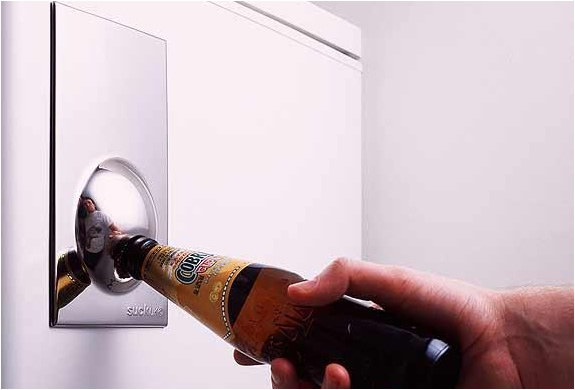 img_fridge_magnet_bottle_opener_2.jpg
