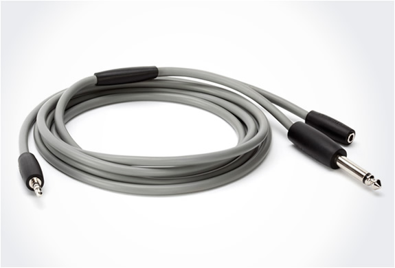 img_griffin_guitar_connect_cable_2.jpg
