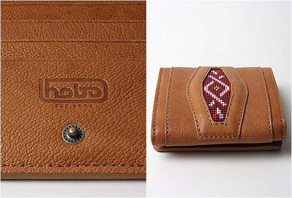 img_hobo_camel_leather_wallet_3.jpg | Image