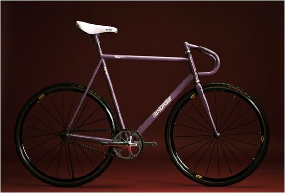 img_horse_cycles_2.jpg