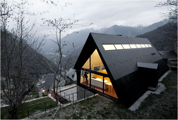 House In The Pyrenees | By Cadaval & Sola-morales Architects | Image