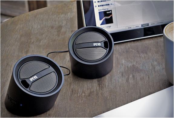 img_ipevo_tubular_wireless_speakers_2.jpg | Image