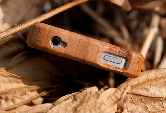 img_iphone4_wooden_bamboo_case_camera_2.jpg | Image