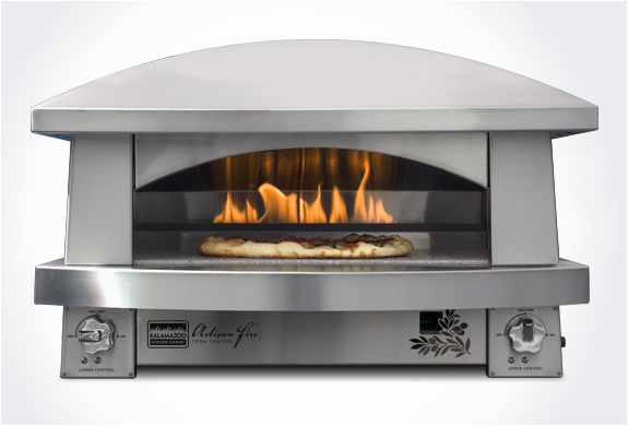 img_kalamazoo_outdoor_pizza_oven_3.jpg