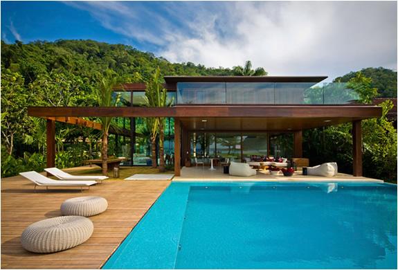 LARANJEIRAS HOUSE | BY FERNANDA MARQUES | Image