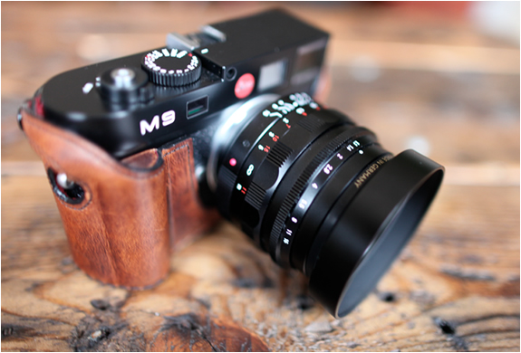 LEICA LEATHER CASES | BY LEICATIME | Image