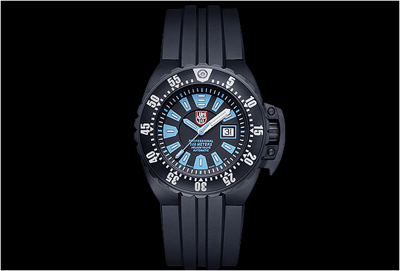 img_luminox_deep_dive_watch_2.jpg | Image