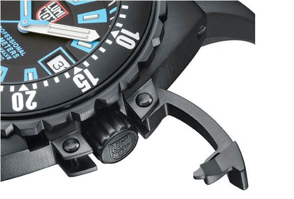 img_luminox_deep_dive_watch_3.jpg | Image