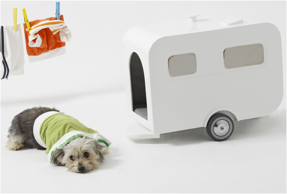 LUXURY CARAVAN DOG HOUSE | Image