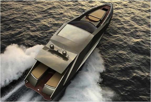 img_mauro_lecci_lamborghini_yacht_3.jpg