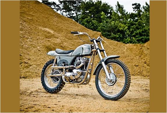 img_metisse_desert_racer_motorcycle_4.jpg