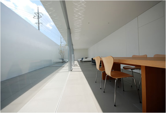 amazing minimalist house in japan by shinichi ogawa