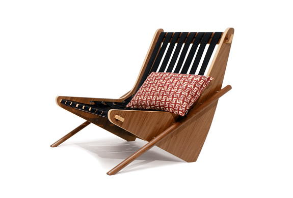 NEUTRA BOOMERANG CHAIR | BY HOUSE INDUSTRIES | Image