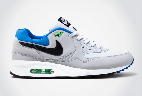 img_nike_air_max_light.jpg