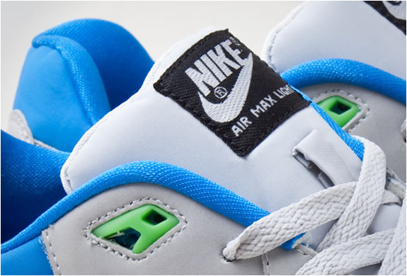 img_nike_air_max_light_grey_blue_4.jpg